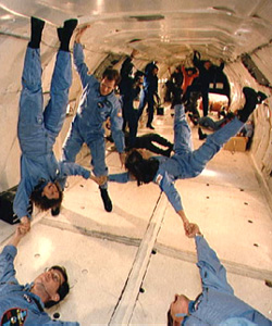 astronauts in space feel weightless because they - photo #21